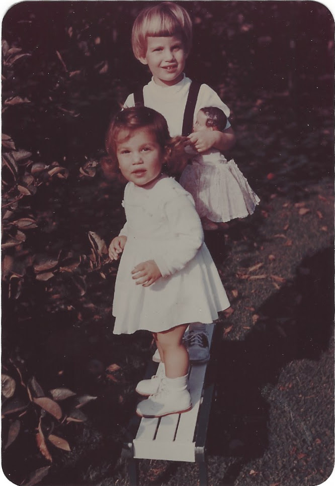 Dina and Vivienne first small adventures as kids